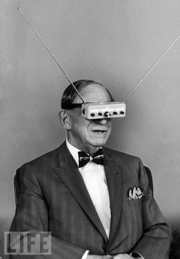 Hugo Gernsback sporting his nifty TV Glasses in 1963 Life magazine photo shoot.